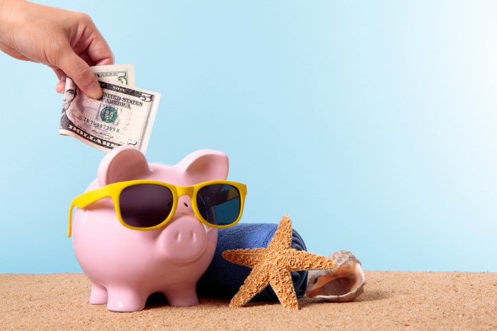 summer money - - piggy bank - SummerLettings.co.uk
